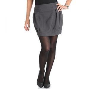 Falda corta tipo globo de KIABI