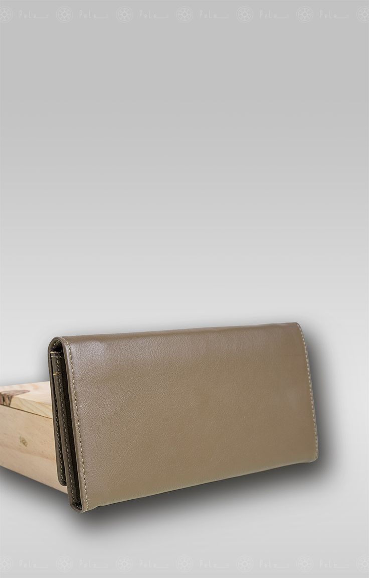 "Pele classic wallet name: Dew ""DWC021"" Classic, perfect purse for women, design by Pele."