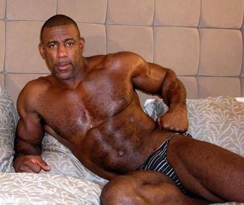 brutus-black-interracial-vids-ass-bent-over-nude-cute