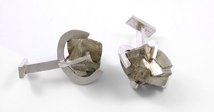 Roua de argint 150.27€ - Pyrite Cufflinks Made of: 925 sterling silver, pyrite.