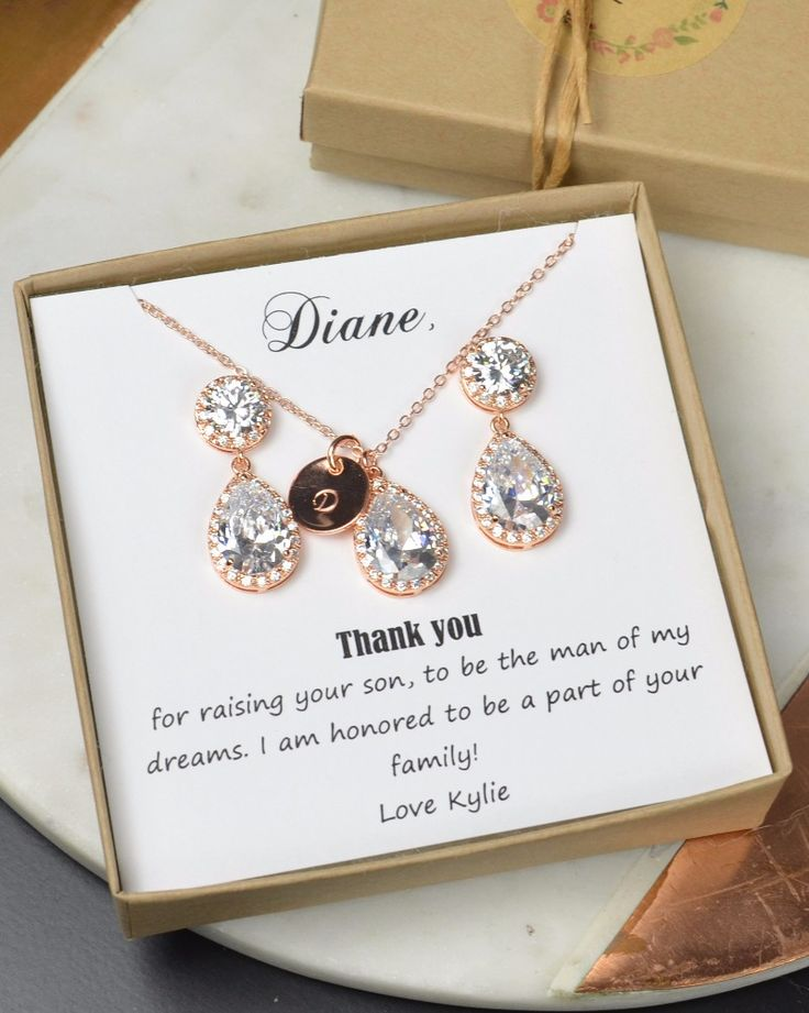 399 best Wedding Related Gifts images on Pinterest | Couples wedding ...