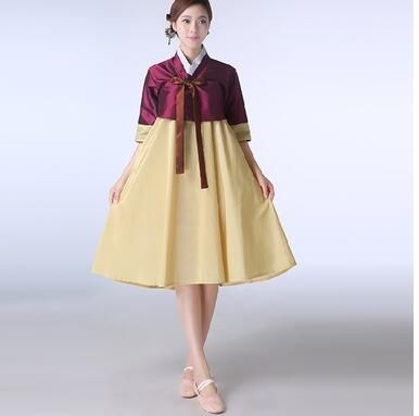 2017 yaz Kadın Kısa Hanbok Kadın Kore Elbise Etnik Kostümleri Işlemeli Kore Geleneksel Dans Elbise Cosplay