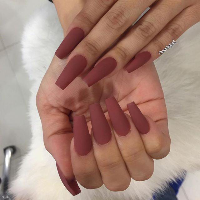 For @scheanamarie back to the Mattes! Color from @tammytaylornails