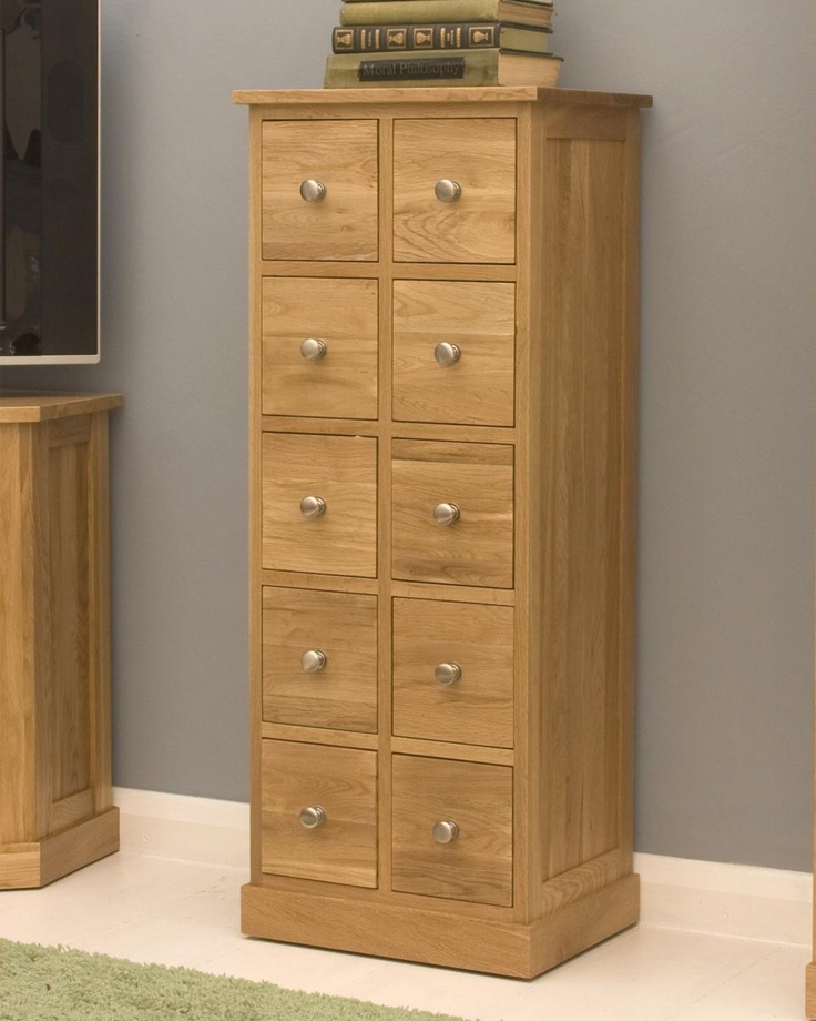 Solid Oak Multi Drawer / CD Storage Chest This Multi Drawer CD And DVD