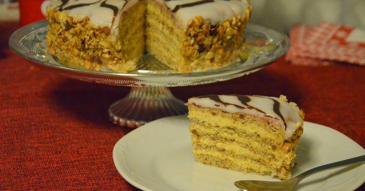 Výzvu na mesiac január nám pripravila Jelena z blogu A Kingdom for a Cake  a je ňou úžasná Esterházyho torta. Musím sa priznať, že som o ne...
