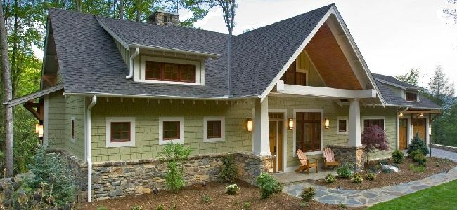 Minimalist Traditional House
