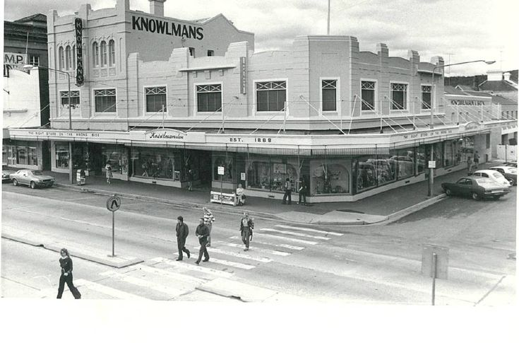 Knowlmans Store.  Cnr Market & Auburn Streets, Goulburn.