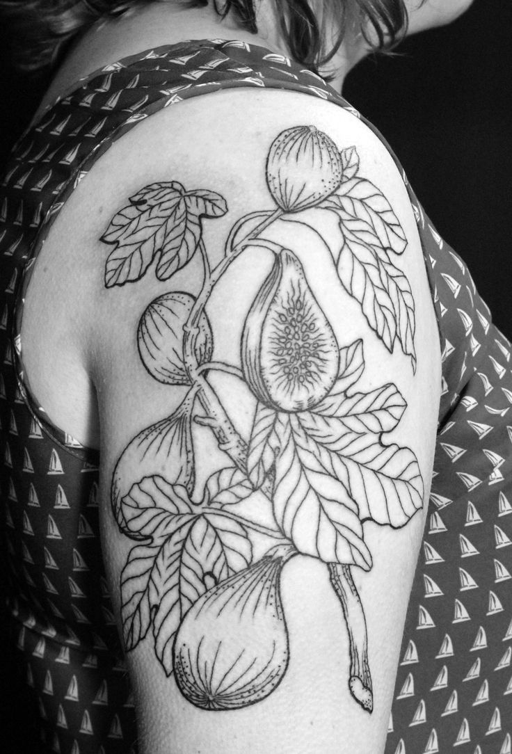 Botanical Fig tattooed by Laura Exley