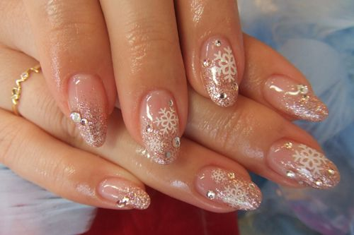 Posh Parties: Winter Wedding Nails