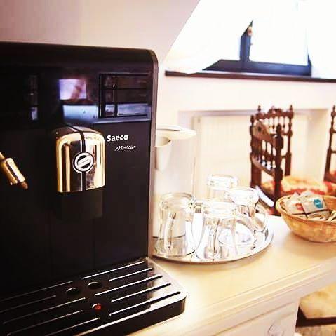 Morning coffee in our attic #reverie #goodmorning #conaculbratescu #bran #travelromania #instatravel #loveromania #morning #coffee #attic #boutiquehotel #room