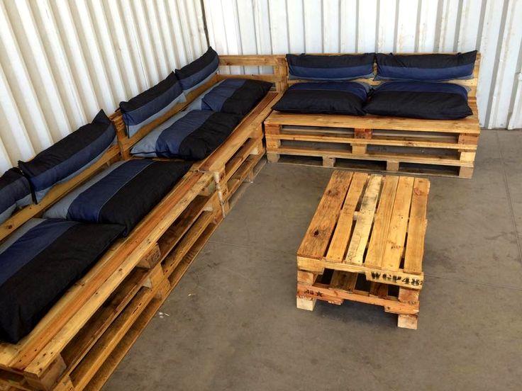 Pallet Sectional Sofa   Pallet Furniture