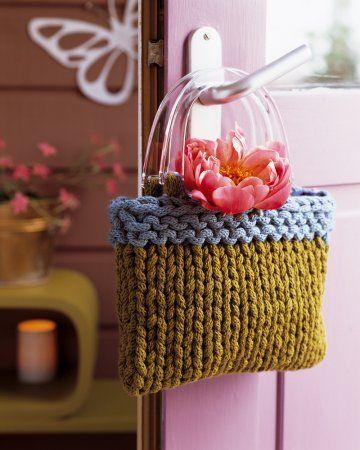 A little knitted bag from France - Sac de laine en tricotin tricoté en bleu et vert