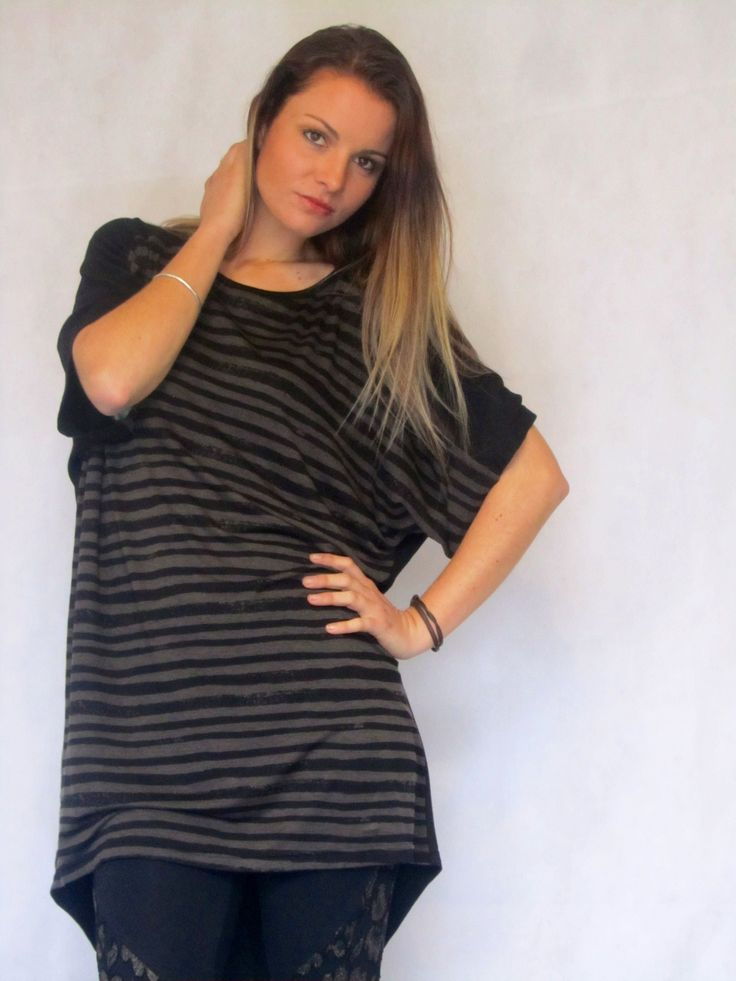 Master Tunic - Black/Brown  T-shirt tunic with merino back and stripy front. Made in New Zealand.