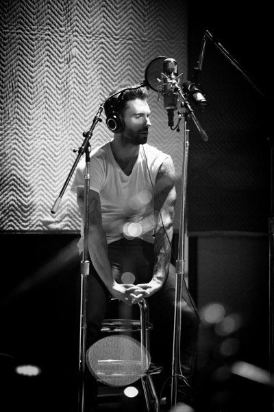 Adam Levine, one of my favorite artist, definitely my fav male vocalist! :D