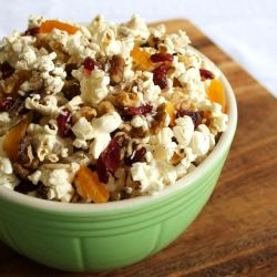 Popcorn Trail Mix ~ a healthy & delicious low calorie snack that is simple and wonderfully portable