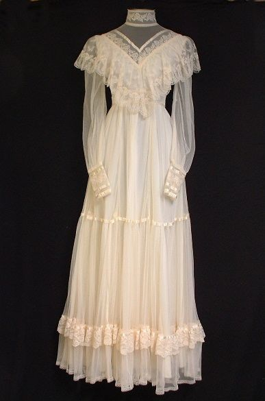 Lane graduated high school, the unfortunate style of the day was Victorian influenced prairie dresses in Cotton Batiste by a company called Gunne Sax. Description from elizabethlane.wordpress.com. I searched for this on bing.com/images