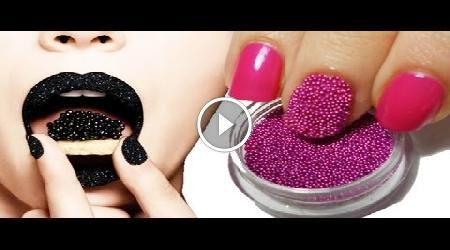 Questa nail art è chiamata caviar manicure cioè manicure al caviale, una delle tante tendenze della nail art che consiste nell' applicazione di microperle o microsfere in