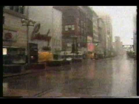 1983 WXYZ Channel 7 Detroit news telecast. Featuring stories on Boblo Is...