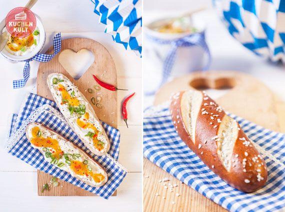 #Oktoberfest,#bayerische #Deko, #blauweiss, #Laugenstange, #Laugengebäck, #bavarian #bread#roll