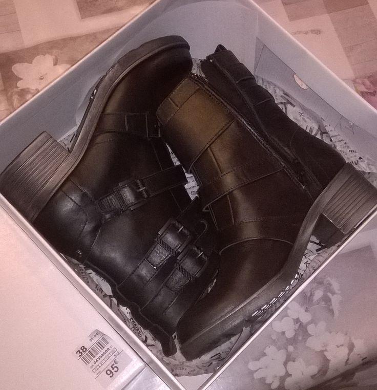 Bottines Kookaï - La halle aux chaussures 95€ - 80% = 19€