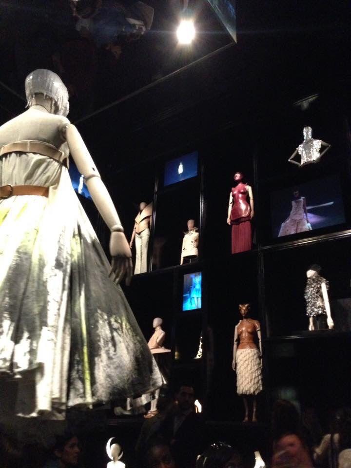 Alexander McQueen - Savage Beauty - @ Victoria & Albert Museum London - 2015-06-25