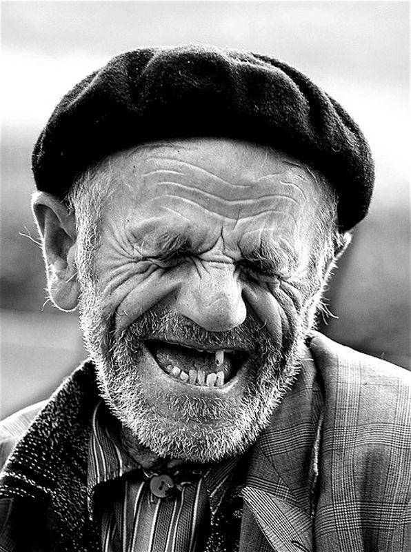 Sourire à pleines dents                                                                                                                                                                                 Plus