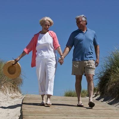 Como la tecnología ayuda a las personas mayores en su día a día y a las familias con dependencia. Mapfre te da algunos consejos.