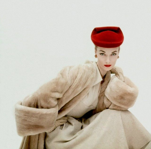 Incredibly gorgeous. #vintage #fashion #1950s #hat #coat