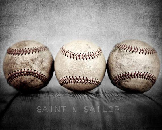 Balles de baseball vintages petit cogneur et boule Photo