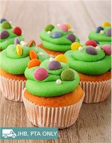 Cakes and Cupcakes - Cupcakes: Vanilla Candy Cupcakes!
