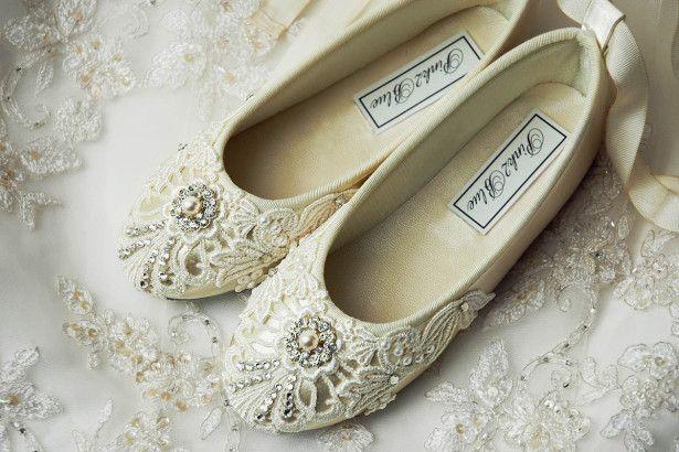 Wedding Shoes Ideas, Rhinestones Centerpiece Lace Ballet Wedding Shoes: Create the Fresh Look through Ballet Wedding Shoes