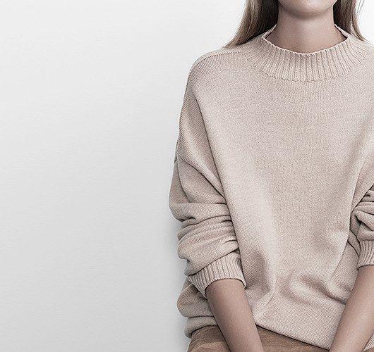 Relaxed Knit: Oversize Pullover aus superfeiner Merinowolle. Hier entdecken und shoppen: http://sturbock.me/JUU