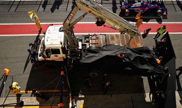 Fernando Alonso in F1 testing crisis: McLaren car breaks down again   F1   Sport #FernandoAlonso #f1