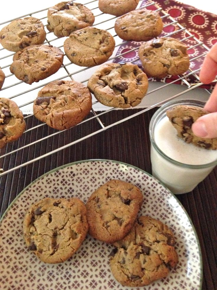 The best thing that's ever happened, EVER! Slice and bake paleo cookie dough, yum!