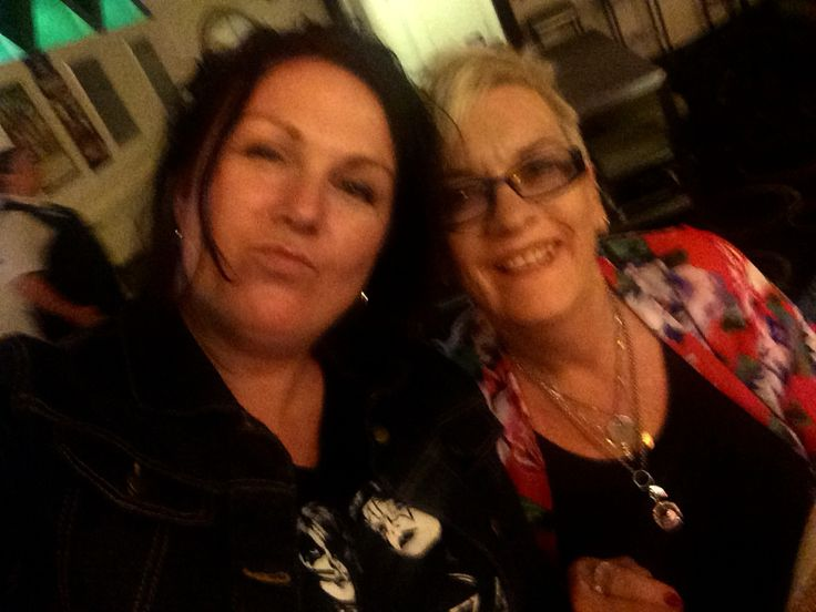 Kylie with lovely lady who bought a cd at Murrumba Downs Tavern