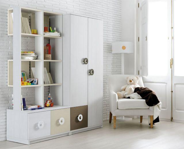 Un inteligente rediseño #dormitorio de regreso a la #escuela incluye renovar el #armario http://www.ros1.com/es/noticia/2015-09-03-vuelta-al-cole
