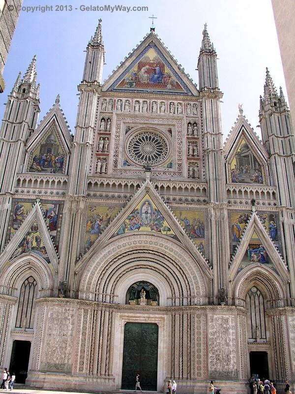 """I gelati d'Italia 2013″ fair   GelatoMyWay.com Orvieto's Chatedral"