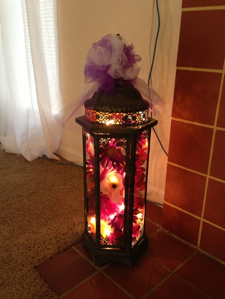 Light Decorations For Living Room: Lantern Decorated With Lights And Silk Flowers