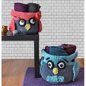 Hooty Owl Crochet Baskets | AllFreeCrochet.com  (Bet I could make them into penguins! )