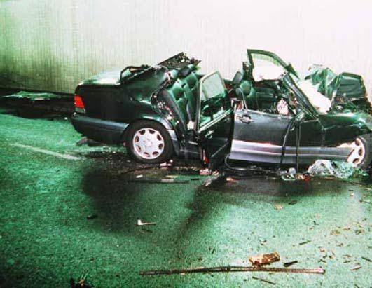 Princess Diana Crash | Photos - Princess Diana and Dodi Fayed Fatal /Car Crash: Photo Gallery ...