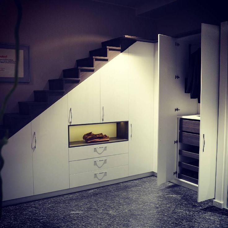 Schodisko - riešenie pod schodiskom z dielne KOMADOR v Poľsku