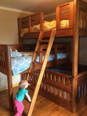 Triple bunk beds with crib