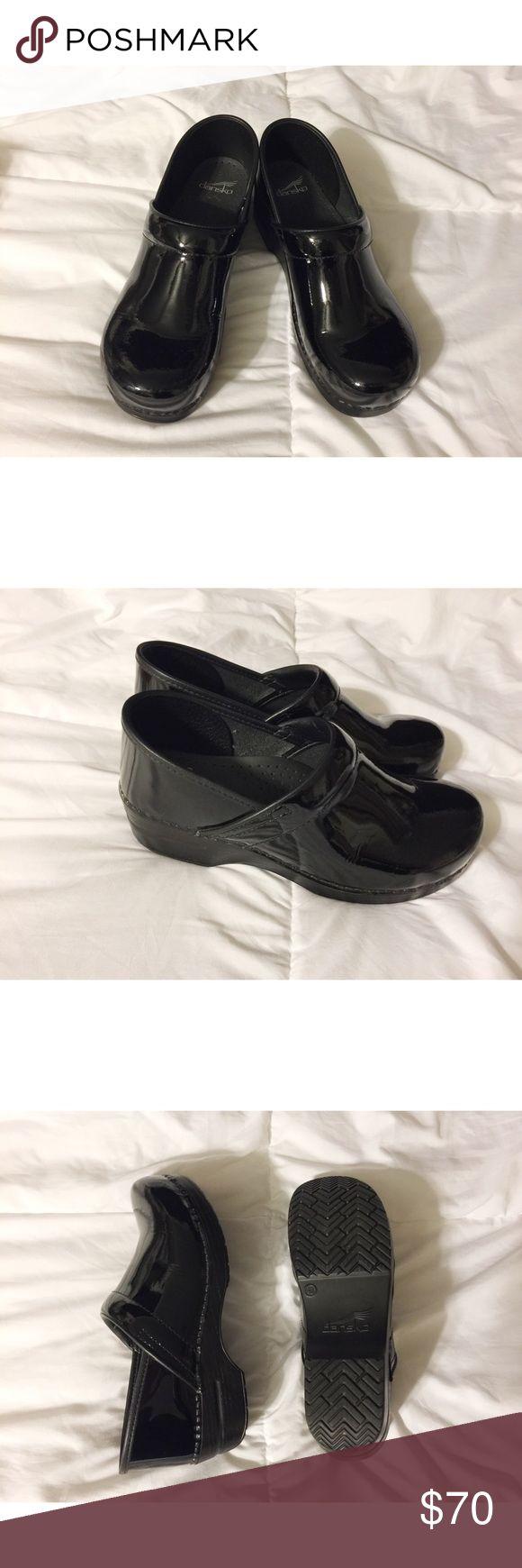 Dansko Black Patent Leather Professional Clogs Like new! Never worn. Dansko Shoes Mules & Clogs