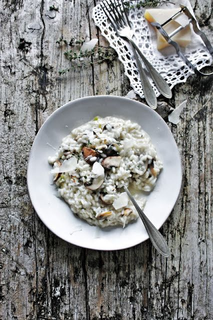 Pratos e Travessas: Risotto de cogumelos e tomilho * Cremini mushrooms and thyme risotto | Food, photography and stories