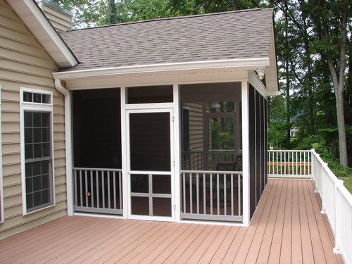 Exterior View Of Composite Deck With Vinyl Railing And Vinyl Screen Porch Msfreda Pinterest