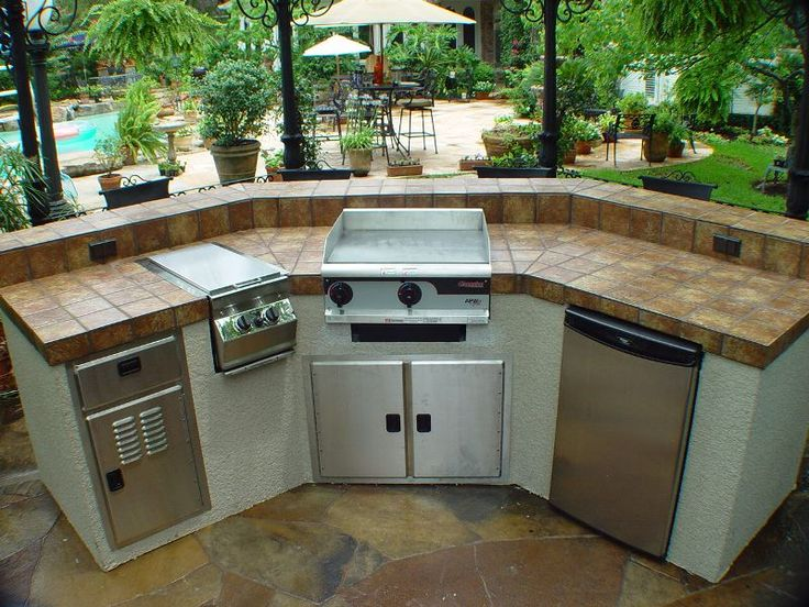 Defiantly putting that little hibachi grill in our for Gas grill tops outdoor kitchen