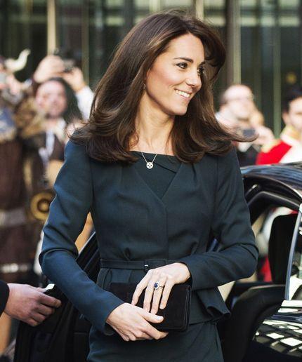 Kate Middleton Haircut | Kate Middleton gets a mini chop. #refinery29 http://www.refinery29.com/2015/12/99180/kate-middleton-haircut