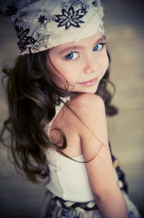 Wow talk about that awkward moment when a five year old is prettier than you...