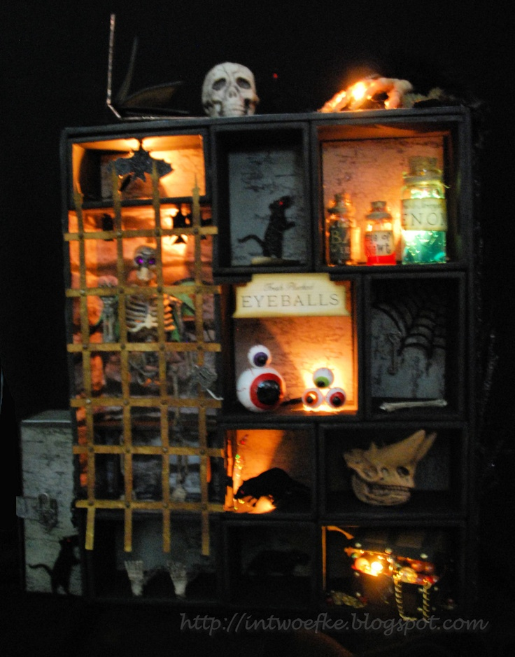 nice use of leds a diy halloween dungeon in a haunted house easy to re create - Nice Halloween Decorations