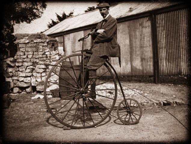"""Σύμφωνα με την εφημερίδα """"Αλήθεια"""", σαν σήμερα το 1869 για πρώτη φορά κυκλοφορούν τα ποδήλατα ως μεταφορικό μέσο στην Ελλάδα! #todayinhistory #bicycle #greece"""